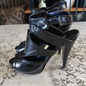 Aldo Black Patent Leather Open Toe Shoes Size 6